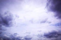 Nuvole di tempesta nel cielo Fotografia Stock Libera da Diritti