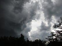 Nuvole di temporale di estate Immagini Stock
