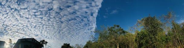 Nuvole differenti dello sky& in Tailandia immagine stock libera da diritti