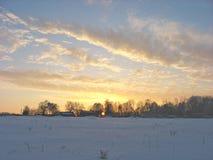Nuvole dorate nel cielo di sera Fotografia Stock Libera da Diritti