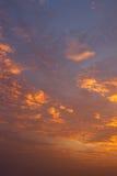 Nuvole e cielo al tramonto immagini stock libere da diritti