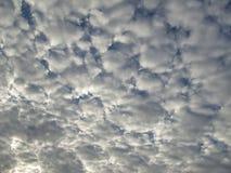 Nuvole e cielo blu Fotografia Stock Libera da Diritti