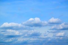 Nuvole e fondo 171015 0048 del cielo blu Fotografie Stock Libere da Diritti