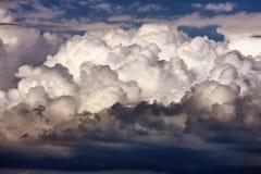 Nuvole maestose Immagini Stock Libere da Diritti