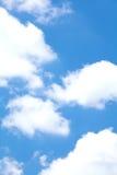 Nuvole nel cielo blu Fotografia Stock Libera da Diritti