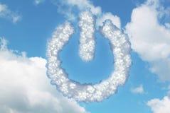Nuvole nella forma dell'icona del bottone di potere Fotografie Stock Libere da Diritti