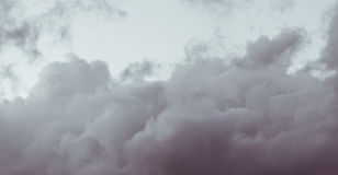 Nuvole operate Fotografia Stock