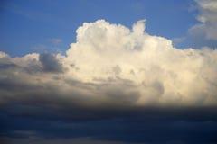 Nuvole scure Fotografia Stock Libera da Diritti