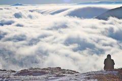"""Nuvole sullo ska del """"di WetliÅ di onina del 'di PoÅ in montagne di Bieszczady Fotografia Stock"""