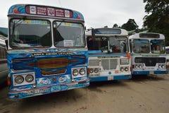 Nuwara Eliya, Sri Lanka, o 11 de novembro de 2015: Estacionamento do ônibus em Kandy Imagens de Stock Royalty Free