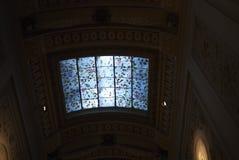 Ny嘉士伯Glyptotek玻璃天花板看法  免版税库存照片