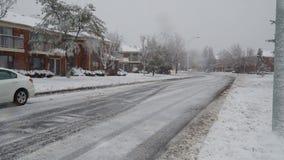 NY美国2018年1月13日:雪去除机器从雪清洗街道 股票视频