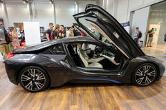 Ny BMW i8 elektrisk bil som visas på den 3rd upplagan av MOTO-SHOWEN i Krakow poland Fotografering för Bildbyråer