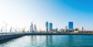 Ny boulevard i Baku Ag Sheher Royaltyfri Fotografi