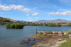 Ny bryggaFrankton arm, sjö Wakatipu, Nya Zeeland Arkivbilder