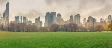 NY Central Park en el día lluvioso fotos de archivo libres de regalías