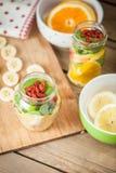 Ny cutted frukt arkivfoton