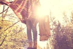 Ny dag för bra morgon, en ny tur för en hippiekvinna Arkivfoto