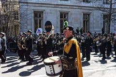 NY de Afdeling van de Politie in Heilige Patrick Day Parade Stock Foto