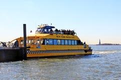 NY de Taxi van het Water stock afbeelding