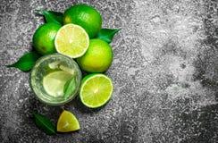 ny drink av mogna limefrukter Royaltyfri Foto