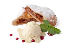ny is för äpplecakekräm Royaltyfri Fotografi