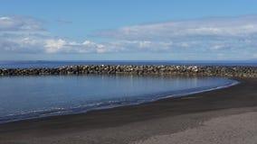 Ny förlängning av Playa del Duque, i Costa Adeje, Tenerife, kanariefågelöar, Spanien royaltyfri fotografi