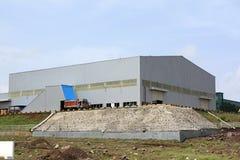 ny fabrik Arkivfoton