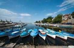 Ny fiskares hamnplats i gamla Sozopol Arkivbild