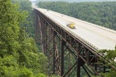 ny flod för bro Royaltyfria Foton