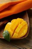 Ny fruktmango Arkivbild