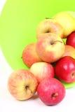 ny grön red för äpplekorg Royaltyfri Bild