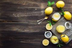 Ny hemlagad citronkräm Fotografering för Bildbyråer