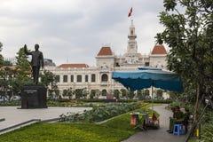 Ny Ho Chi Minh skulptur Royaltyfri Foto