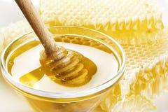 ny honung arkivbild
