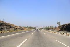 Ny huvudväg i Indien arkivbild