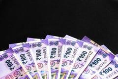 Ny indier hundra rupier sedlar royaltyfri bild
