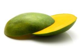 ny isolerad mango Arkivbild