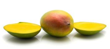 ny isolerad mango Royaltyfri Bild