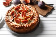 Ny kaka med fikonträd Royaltyfri Fotografi