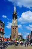 Ny kyrka (Nieuwe Kerk), delftfajans, Nederländerna Royaltyfri Foto