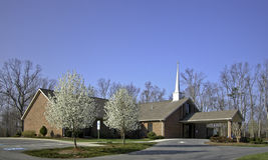 Ny kyrklig byggnad Fotografering för Bildbyråer