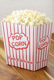 Ny läcker popcorn Royaltyfria Bilder