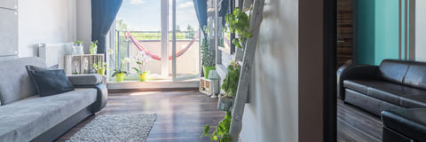 Ny lägenhet med två rum royaltyfria bilder