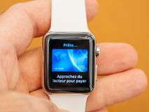 Ny lön för äpple för Apple klockaserie 3 Arkivbild