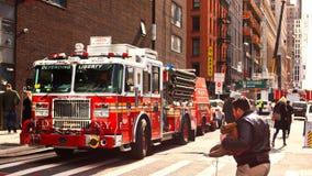 ny lastbil york för stadsbrand arkivfoto