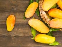 ny mango Arkivbild