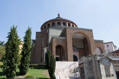Ny modern kyrka #6 Arkivfoton