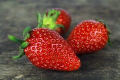 Ny mogen röd jordgubbe, sund frukt Arkivbilder