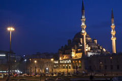 Ny moské på Eminonu, Istanbul Royaltyfria Bilder